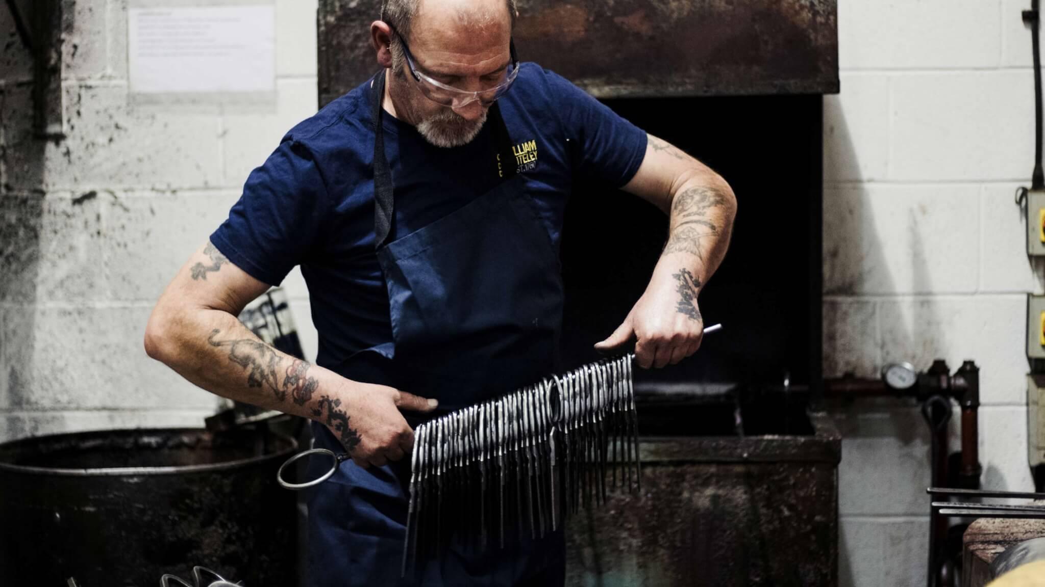 master-tailoring-shears-maker